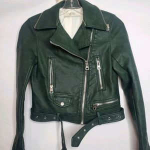 2/$100 Green leather jacket w removable fur collar